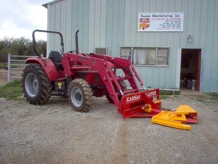 Mahindra Tractor with Kansas Klipper