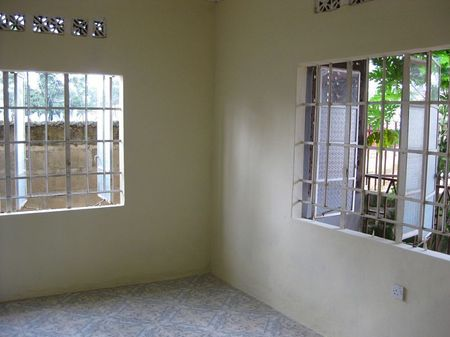 white room, for four kids