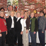 Pella Business Women Donate Defibrillator