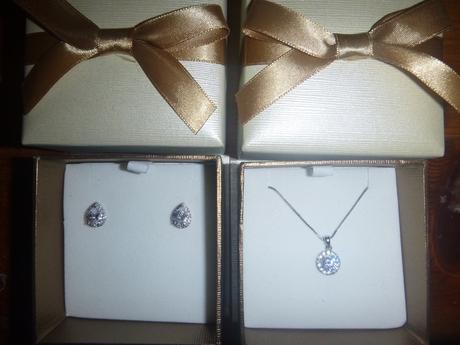 Cate___Chloe_jewelry_in_boxes.JPG