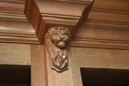 Corbel Lion in Oak