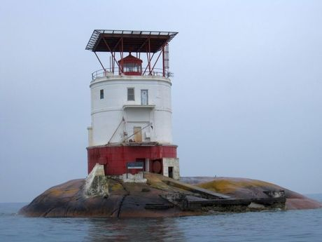 Red Rock Lighthouse