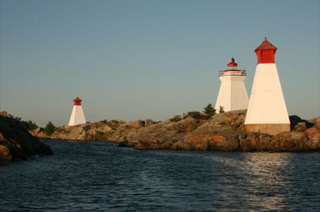 Bustard Island Lighthouse and Ranges (3)