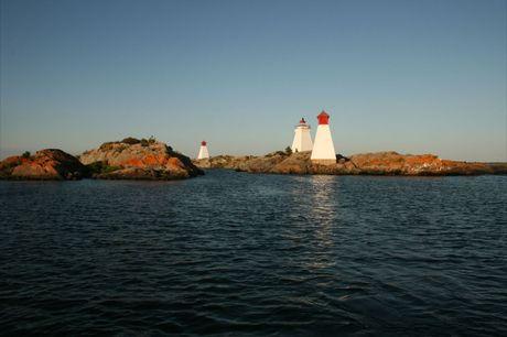 Bustard Island Lighthouse and Ranges (4)