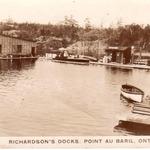 Richardsons Docks in Pike Bay