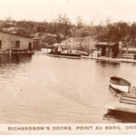 Richardsons Docks in Pike Bay