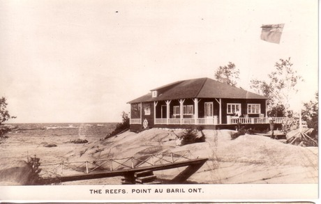 The Reefs Point Au Baril