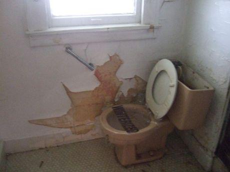 bath_room_1.jpg