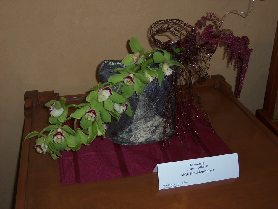 Flower Arrangement designed by Lydia Reibel