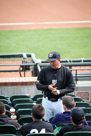 USF Coach Giarratano speaks with SFRBI kids before Dante Benedetti Classic
