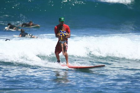 Anibal_surf__3_.jpg