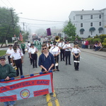 Pause in parade --fog rolling in route 1 Mystic