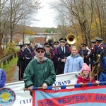 Veteran's Day banner carriers ready to start
