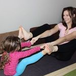 Family Yoga mother & daughter Boat