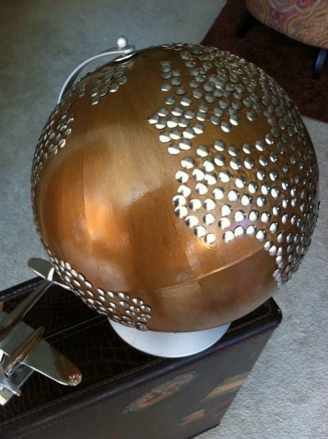 Globe 2 Auction