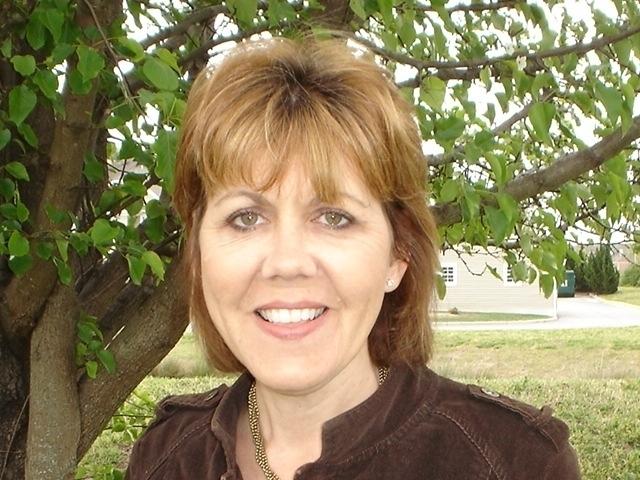 Louisa Priore Headshot