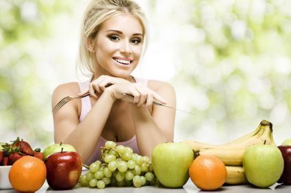 140915-425x282-eating-fruit2.jpg