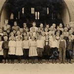 1910 Grade 4.jpg