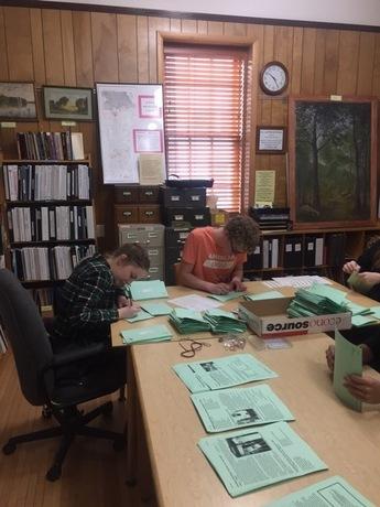 Honor Society volunteers