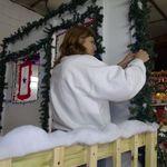 2012_christmas_parade_030