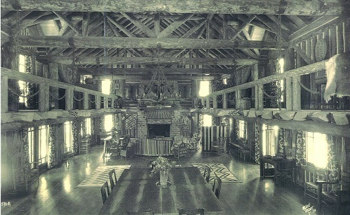 Pondo_-_Big_room_La_Foret_August_1928.jpg