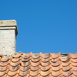 Signs That You Need a New Roofing Installation
