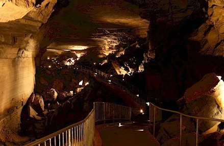 Cathedral-caverns-state-park-al-1