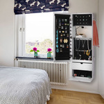 How to Choose the Appropriate Jewelry Armoire