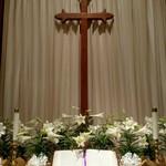 Easter_altar_2