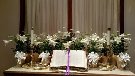 Easter_altar