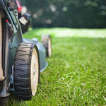 ​Self-Propelled Lawn Mowers and Their Benefits