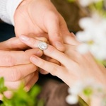 ​Why You Should Consider Acquiring the Engagement Rings from an Online Store