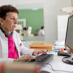 5 Factors to Consider When Choosing a Medical Practice Management Software