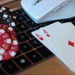 Teknologi Internet dan Kemajuan Situs Poker88 Terbaik