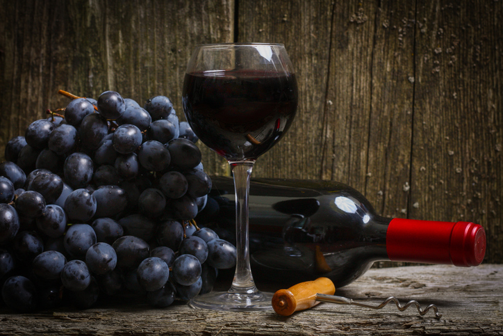 Red-wine-_-grapes-iStock-505770980.jpg