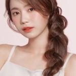 Simply create a fashion goddess hairstyle