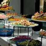 Factors When Choosing Prominent Catering Services