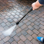 ​Factors to Consider when Choosing Pressure Washing Services