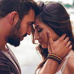 How to Kiss a Girl for the First Time: Tips Every Gentleman Should Know
