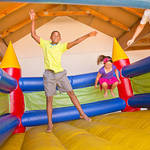 ​A Guide for Buying the Best Commercial Jumping Castles