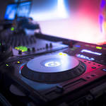 Tips for Choosing the Best Photo Booth and DJ Services