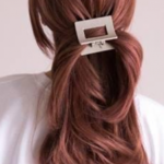 Simple and nice hair clip hairstyle