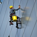 How To Hire Window Cleaning Companies