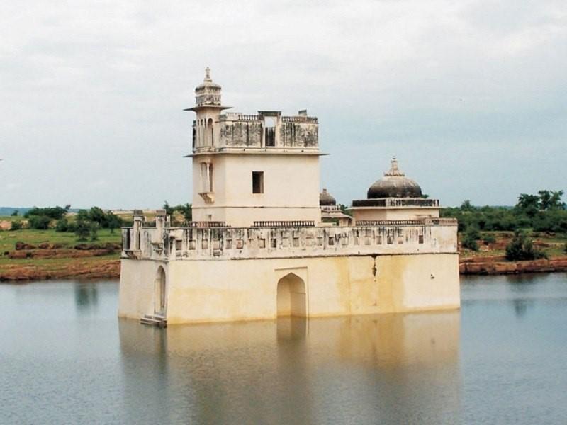 Rani padmini Mahal , Chittorgarh Fort