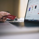 ​Advantages of Instant Approval Credit Cards