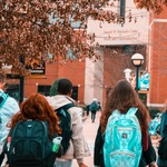 Choosing the Right Lender for Your Student Loan