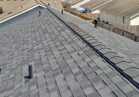 Top 4 Benefits Of Hiring A Roofing Company